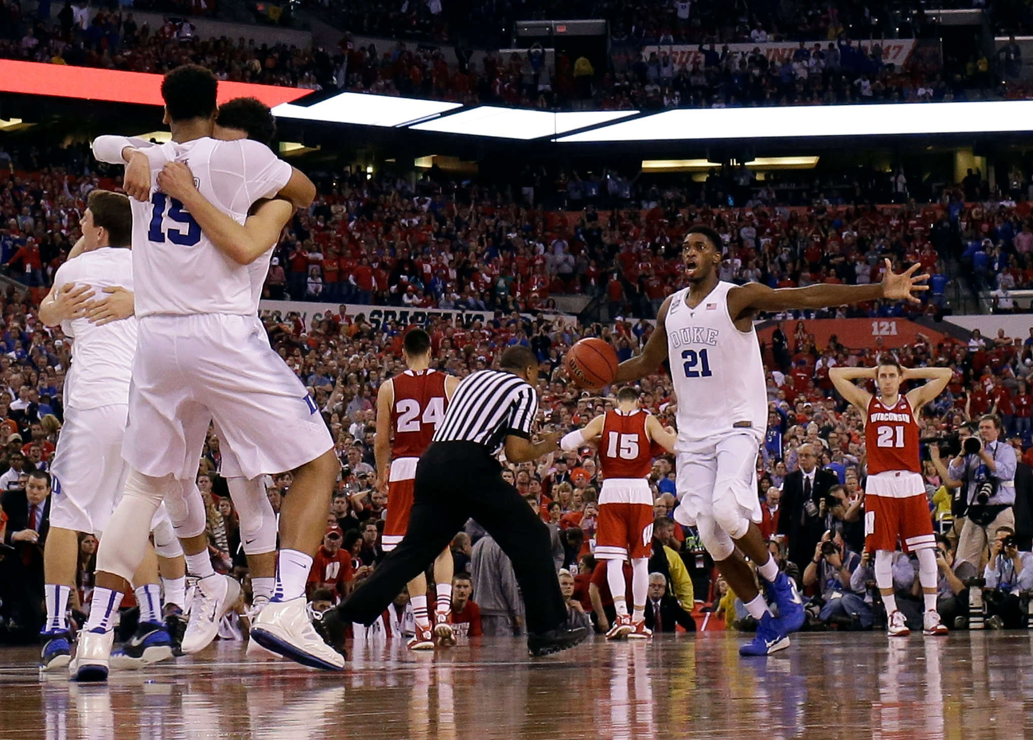 duke defeats wisconsin to win ncaa mens basketball championship new york times